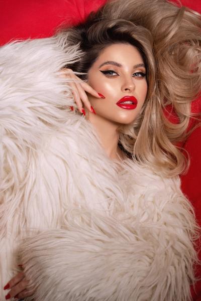 valeria lungu blogger beauty editorial instagram model catalin muntean beauty factory